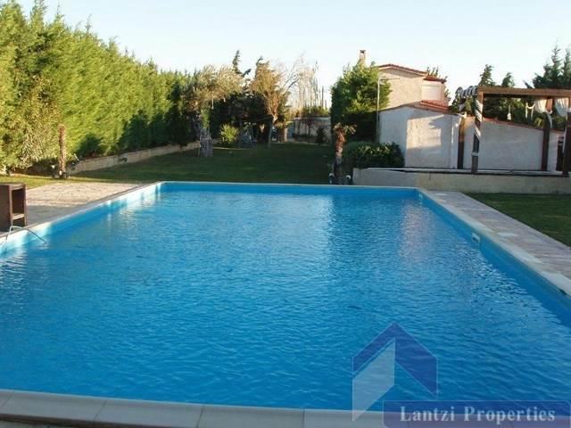 Снять дом в испании на полгода зимой
